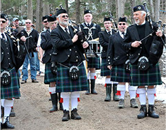 Fergus pipe band members